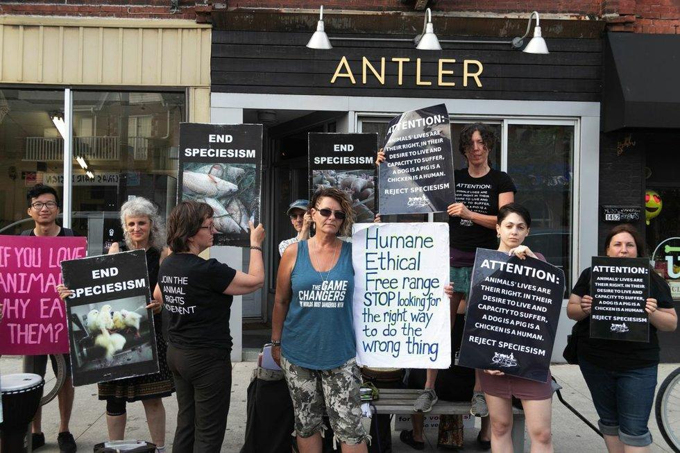 20180630_AntlerProtest_0018.jpg
