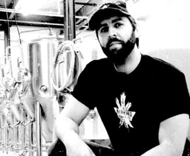 BeerGlossyLA_Rainhard-Brewery-Armed-n-Citra-400x470_px626.jpg