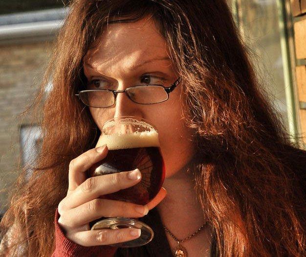 BeerGlossyTBpagesLA_robinleblancthirstywench_px626.jpg