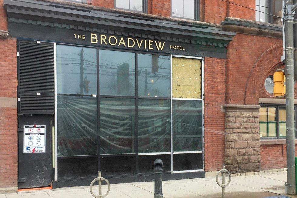 Broadview-Hotel_01.jpg