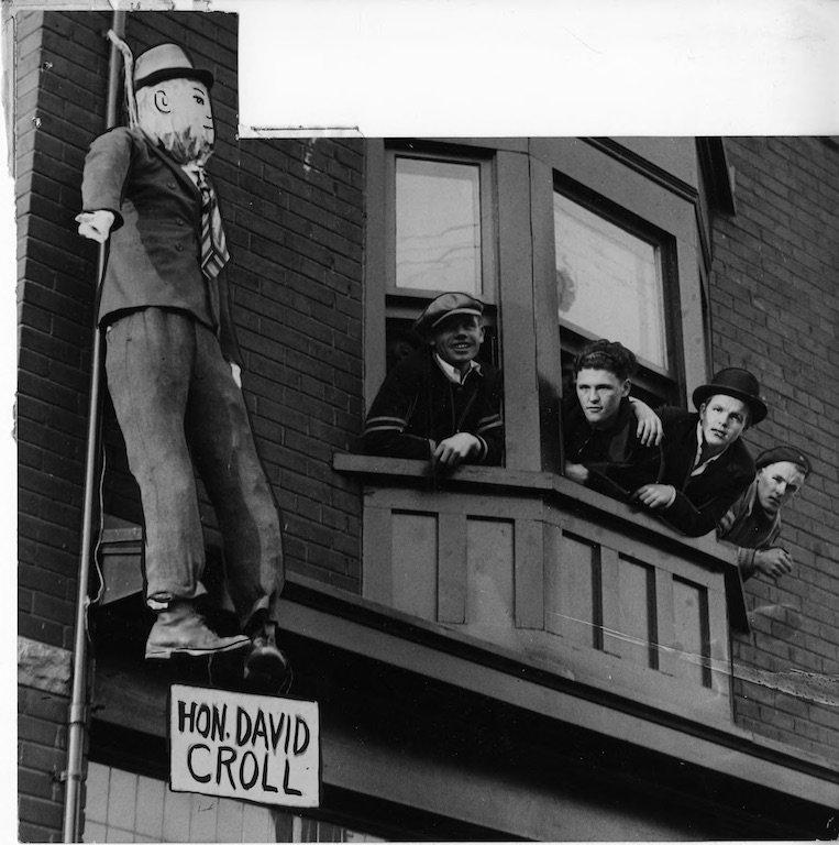 David Croll effigy 1935.jpg
