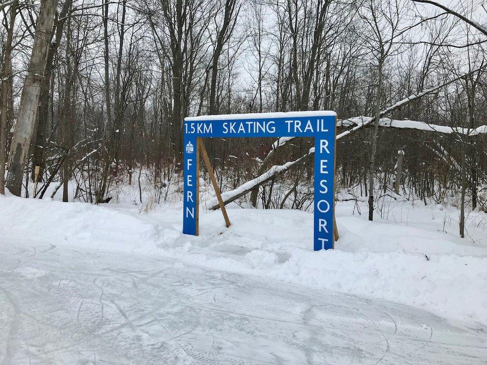 Skating trail sign