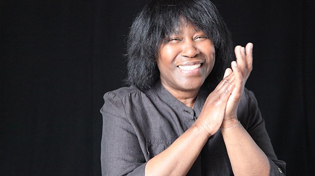 Joan-Armatrading-color-publicity-image-#1-photo-credit-Andrew-Catlin.jpg