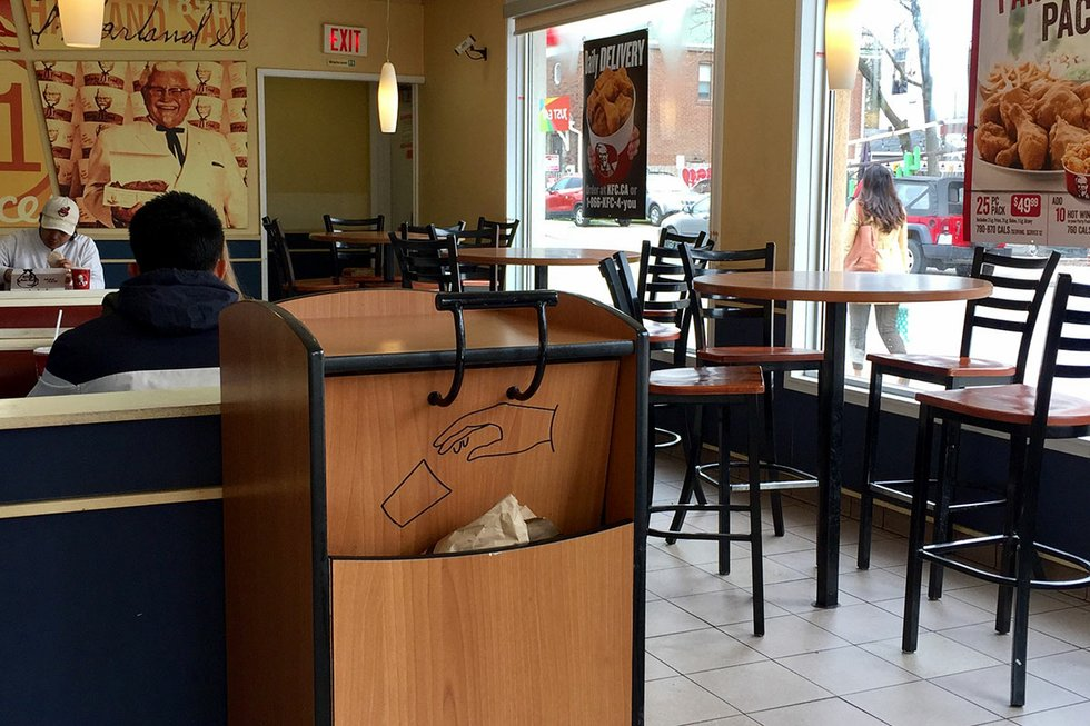 Taco-Bell-Queen-West-Interior.jpg