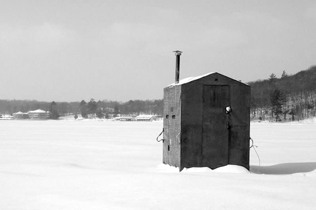 icefishinghut.jpg