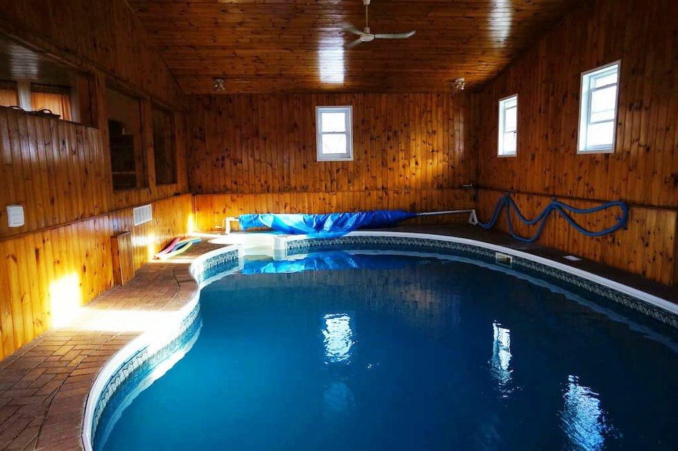 pool_airbnb_cottage copy.jpg