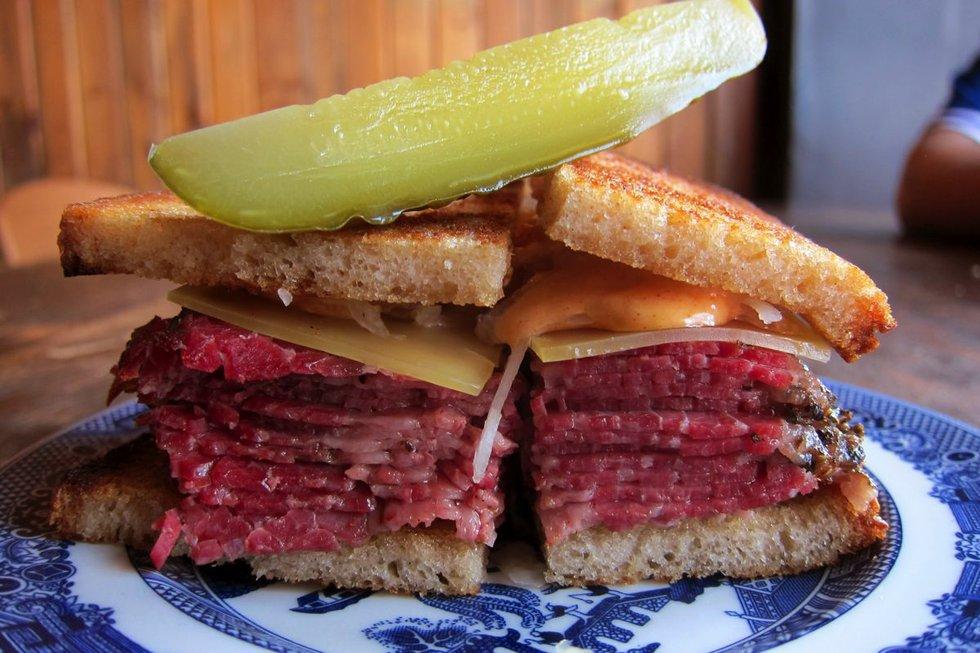 416 snack bar toronto reuben.jpg