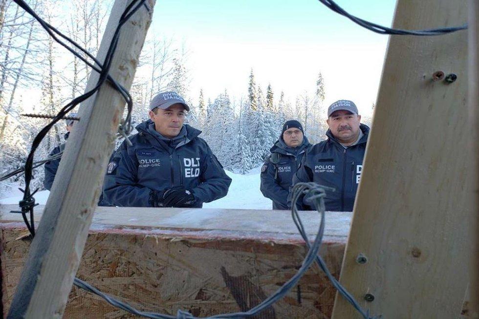 Arrests by police Unistoten camp 4.jpg