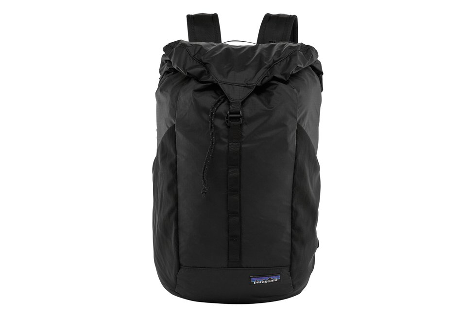 Backpacks Canada - Patagonia Black Hole.jpg