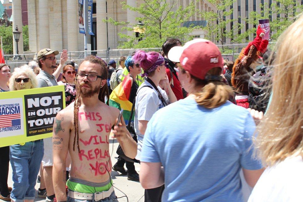 Dayton, Ohio KKK rally Jewish protestor.JPG