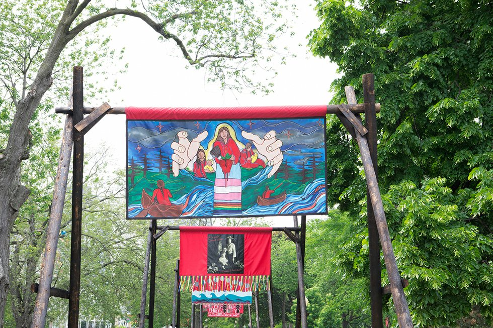 Missing and Murdered Banners in Allen Gardens 2019-5317.jpg