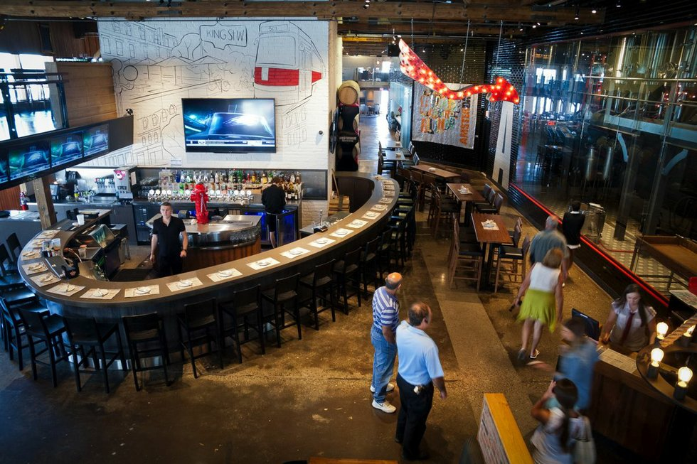 Toronto breweries - Amsterdam 2.jpg