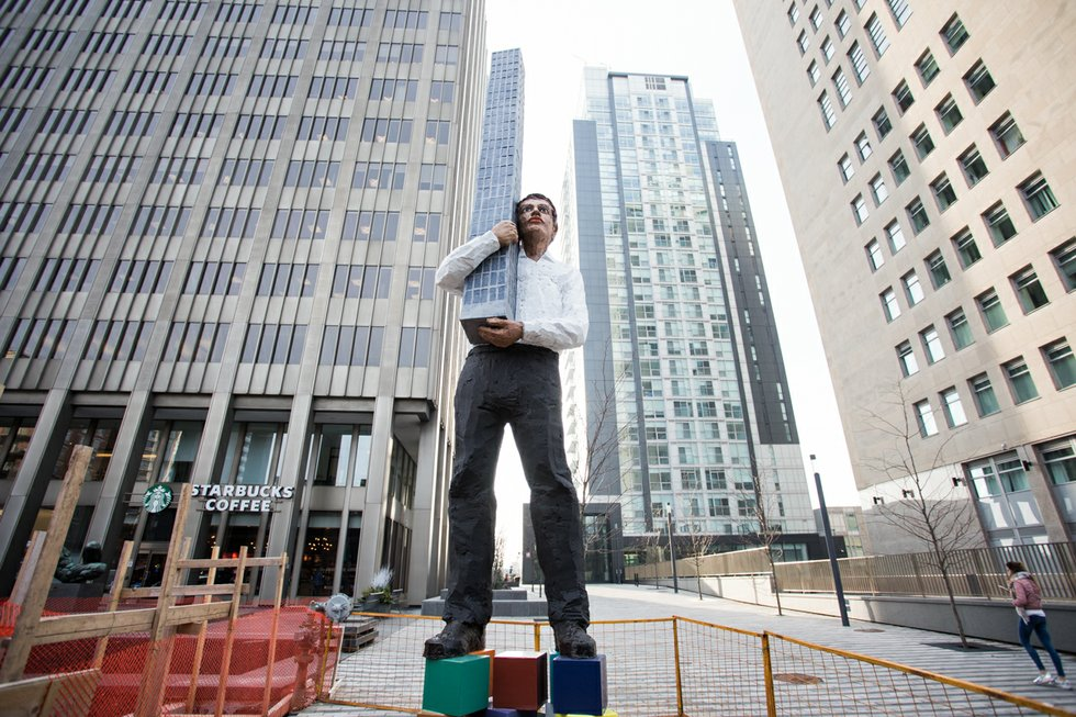 Toronto man sculpture