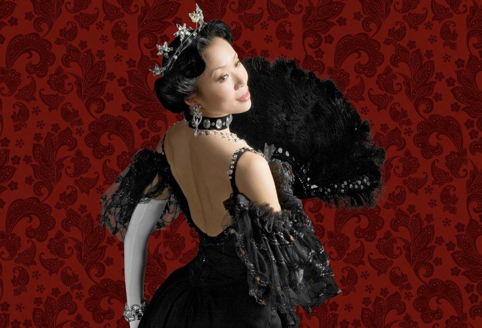 Xiao Nan Yu in The Merry Widow
