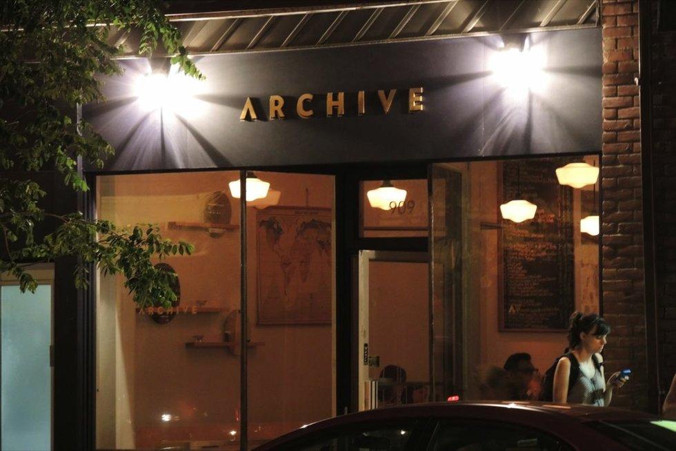 archive bar toronto.jpg