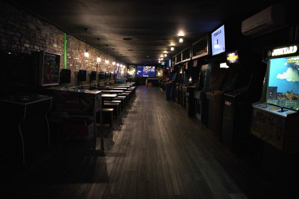 freeplay-arcade-bar-toronto.jpg