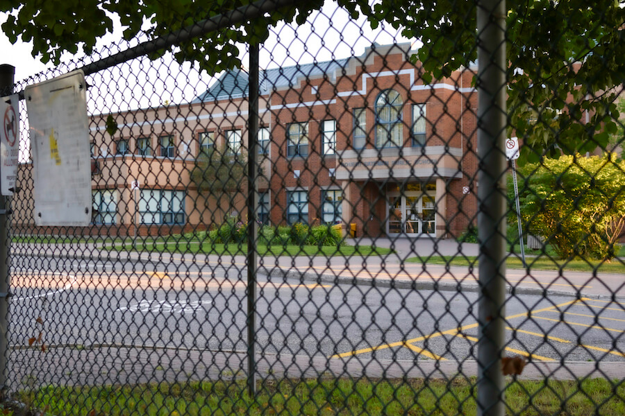 A photo of a school in Ontario