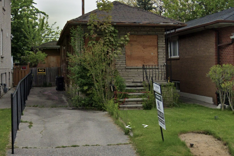 "This ""uninhabitable"" Toronto house is listed for $1,149,000"