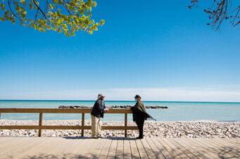 Couple social distance beach best toronto photos 2020