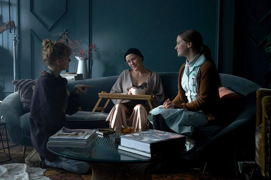 An image of Rose Glass directing Jennifer Ehle and Morfydd Clark in Saint Maud.