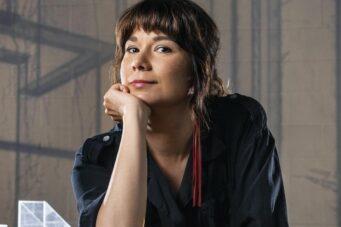 Lisa Jackson celebrates the Indigenous film community when receiving the DOC Vanguard award